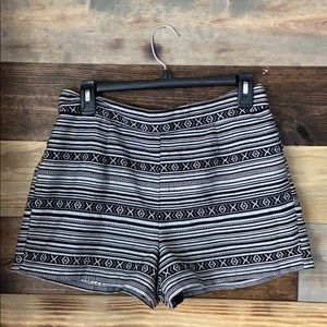 🌻3/20$ Women's Shorts Size Medium